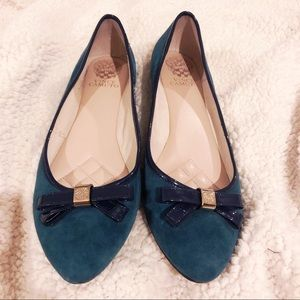 Vince Camuto size 9 flats